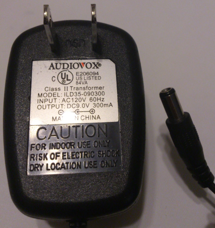 AUDIOVOX ILD35-090300 AC ADAPTER 9V 300mA USED 2x5.5x10mm -(+)-